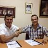 Julián Cerdán renueva con la Hermandad de la Oración en el Huerto