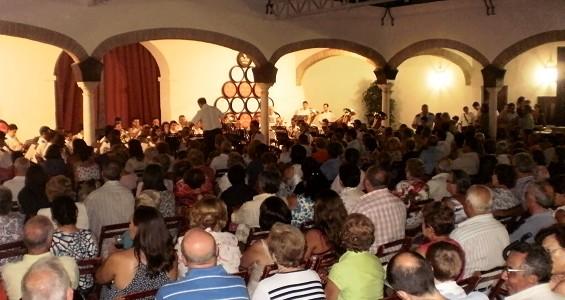Público en el concierto del 5 de agosto